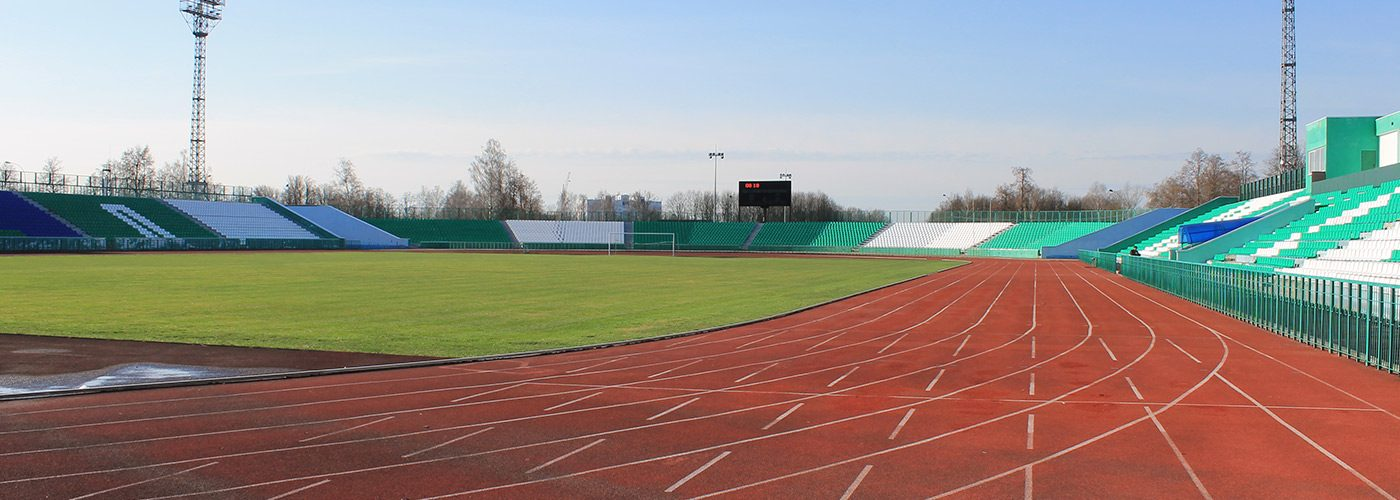 основное-футбольное-поле-с-беговыми-дорожками-(3)